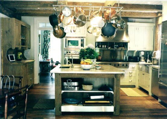 Upscale country kitchen